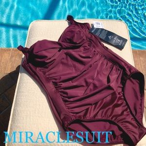 NWT Miraclesuit Averi Ruched One-piece Swimsuit